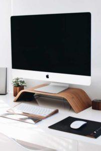 Mac Computer Vertical